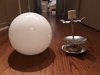 two white and gray table lamps Montréal, H4G 3J5