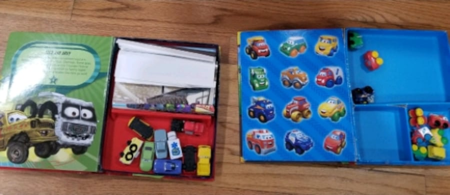 Busy books comes with  toy cars  003b5416-4a58-4928-89ed-56bd06ebf946