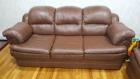 Practically brand new leather couches  New York, 11435