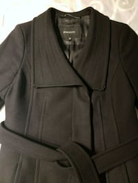 black zip-up jacket 534 km