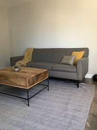 Mid century couch! Great quality!  Rancho Cordova, 95827