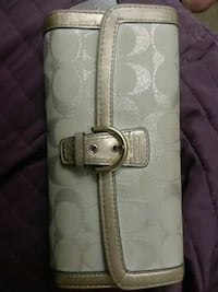 Authentic Coach wallet Alexandria, 22304