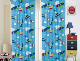 4 PC KIDS PRINTED CURTAIN SET (PLANES)