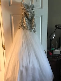 Wedding/Prom Dress only worn once  Broken Arrow, 74012