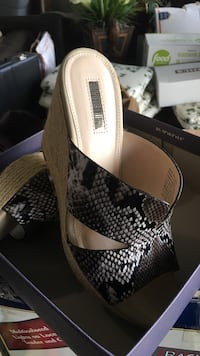 black-and-gray leather snake skin peep-toe wedge sandals with box