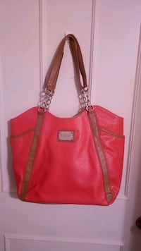 Nine West Coral pink purse  Welland, L3C 4Z4