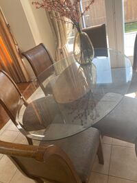 Dining table with 6 chairs Brampton, L6P