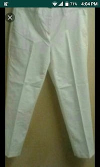 Ladies new white Nautica Capri's