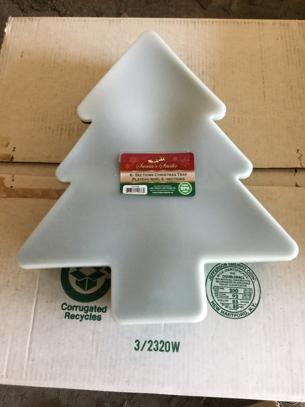 White and green Christmas tray