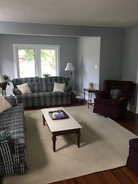 Living room full of furniture for sale Oshawa, L1G 5S1