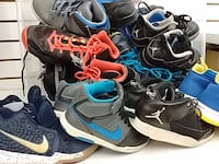 Basketball shoes for kids sizes 6-7Y Toronto