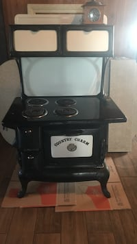 Antique Cast Iron Stove Cottondale, 35453