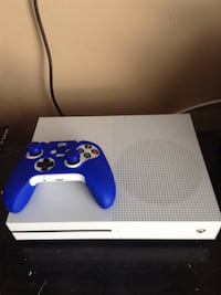 White xbox one s 500gb mint condition