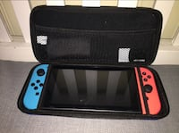 Blå og rød nintendo switch travel box Stord, 5417