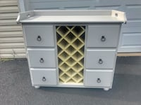 Wine server Ashburn