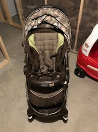 Baby's brown stroller, comes with a infant carseat/base, clean, no damages