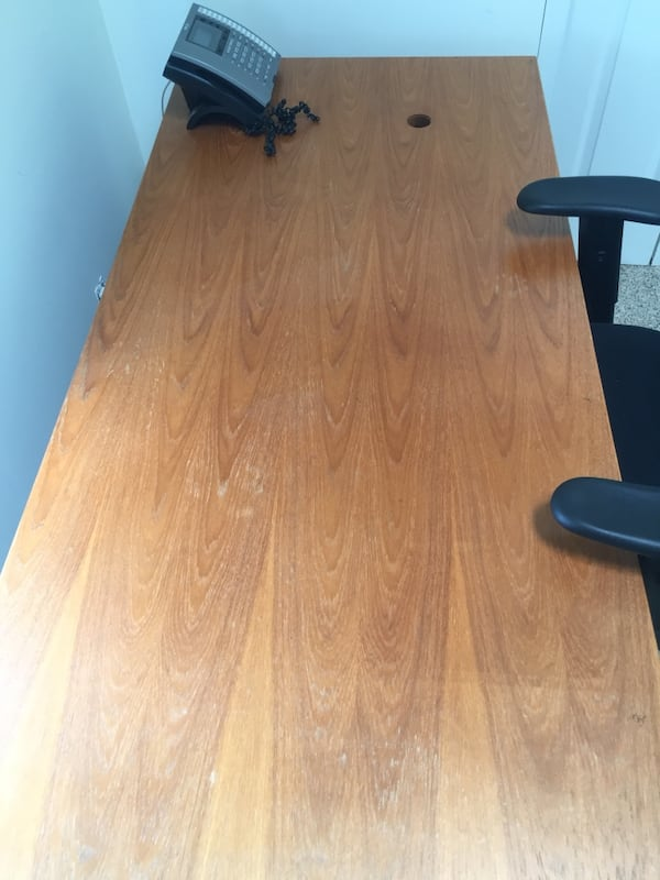 Nice office wood desk - good condition 3