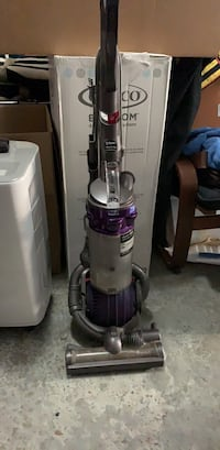 Dyson ball vacuum pet hair edition  Quincy, 02169
