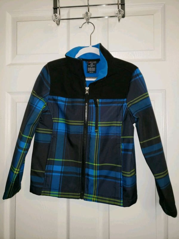 Boys Jacket - 6-7 yr old 63dea836-72ba-4f36-b12f-36a02d004721