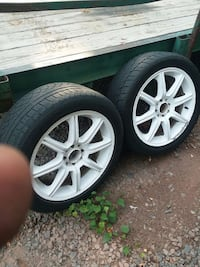 17 inch white wheels with good tires 500 obo Manassas