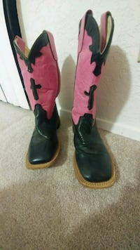 Girls cowboy boots  San Angelo, 76904