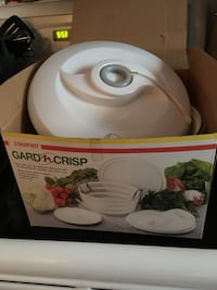 white and red Rival Crock-Pot slow cooker box Saskatoon, S7M 2M1