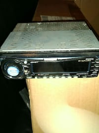 Clarion car stereo CD player DRX6575z