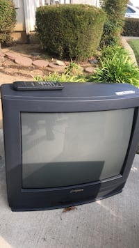 gray and black CRT TV Livermore, 94551