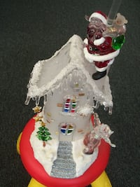 HOLIDAY ICE ACRILYC SCULPTURE