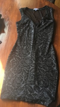 women's black and gray sleeveless dress