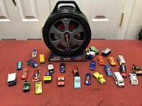 Hot wheels and matchbox cars lot of 30 and spinner car carrying case