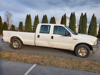 2006 Ford F-250 Super Duty XL Crew Cab LWB Greencastle