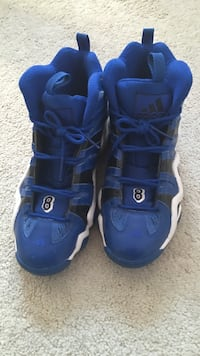 Blue and black crazy 8s
