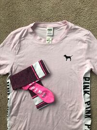 PINK NEW SHIRT AND NEW SOCKS ASKING $20 FOR BOTH Belvidere, 61008