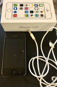 Iphone 4S with Charger!