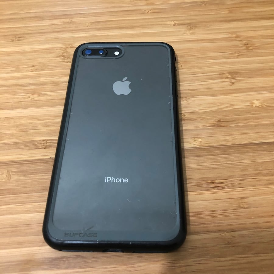 iPhone 8+ 64GB unlocked