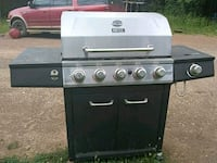 black and gray gas grill Rydal, 30171