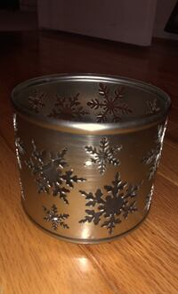 Bath and Bodyworks snowflake candle holder! Chantilly, 20152