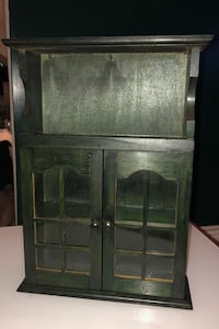 Small Wall Cabinet Vaughan, L4K 5H7
