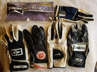 Assorted gloves, 5-each, used
