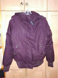 maroon button-up jacket Breslau, N0B 1M0