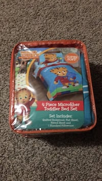 Daniel tiger bed set 214 mi