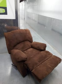 brown suede 3-seat sofa Hyattsville, 20781