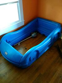 Little Tikes car bed frame Stony Point, 28678