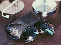 black framed Ray-Ban aviator sunglasses Clayton South, 3169