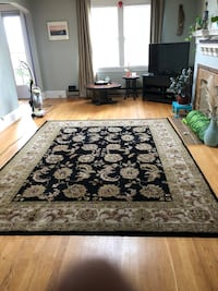 100% wool rug 9x11 ft non smoking home. In great shape Seattle, 98116