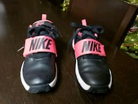 Nike for girl size 13c Lothian, 20711