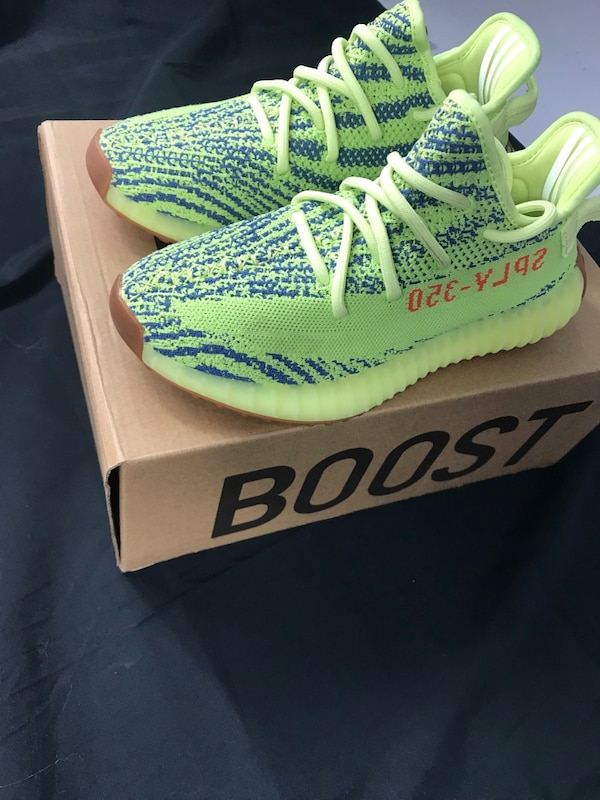 6ede9f0345b9d Used STOCKX Verified -YEEZY Boost 350 V2 Semi Frozen Yellow for sale ...