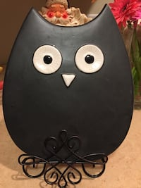 Black owl table decor Nashville, 37211