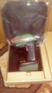 green and black Hitachi cordless power drill Chicago, 60652